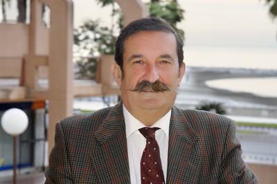 """Dr. Manuel Martínez Moya: """"En URE cumplimos con creces los retos de innovación de nuestra especialidad"""""""