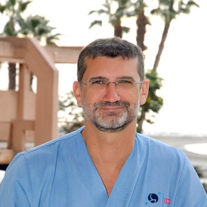 Dr. Alberto Flores Gornés | URE Centro Gutenberg